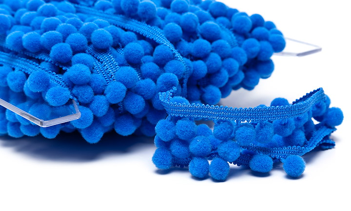 Pompons Medium Royalblau
